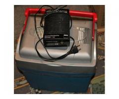 Kühlbox Elektrisch 12V inklusive Trafo 220V auf 12V